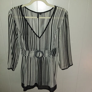 Essentials By Milano Black & White Sheer Top Sz L